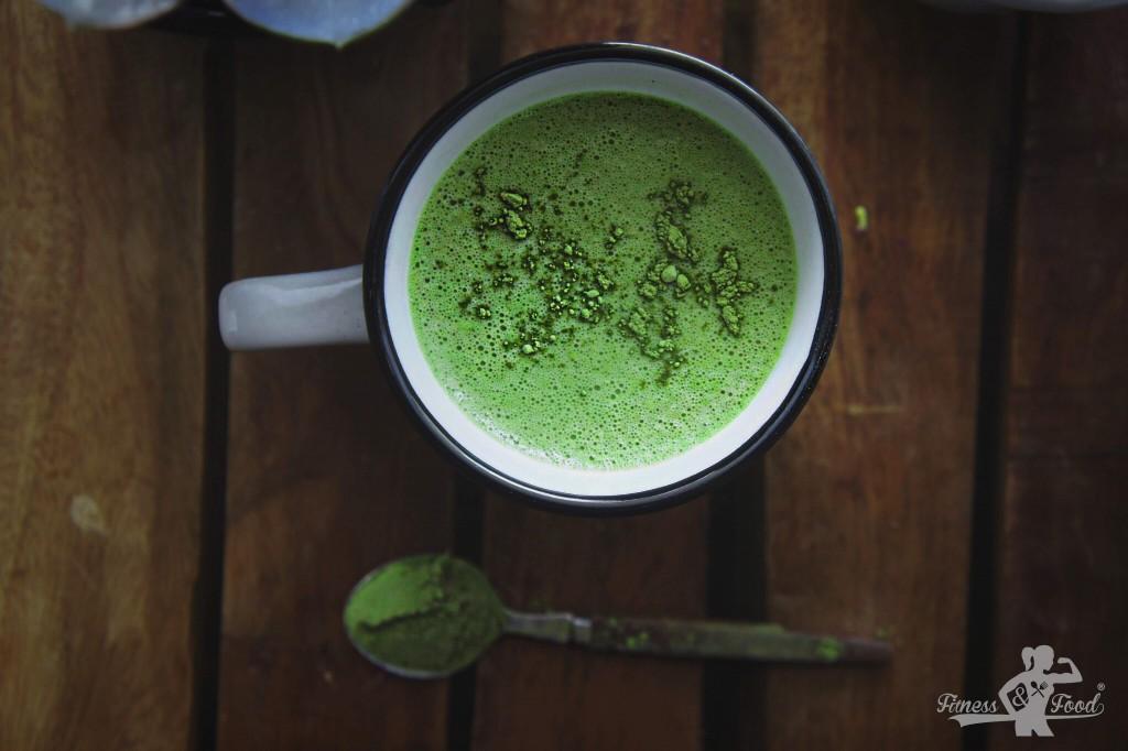 Kollagen-Matcha Latte